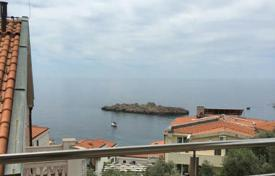 Bright apartment with a terrace and sea views, near the beach, Sveti Stefan, Budva, Montenegro for 250,000 €