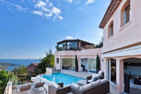 Luxury property for sale in Theoule-sur-Mer. Villa – Theoule-sur-Mer, Côte d'Azur (French Riviera), France