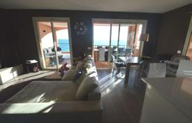 Apartments for sale in Monaco. Two-bedroom apartment with a panoramic sea view