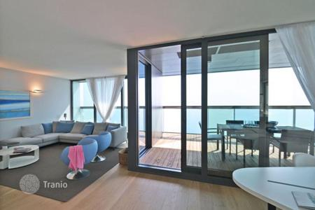 Residential for sale in Jesolo. The Tower of 24 floors, for residential use, is the dominant sign of the whole project