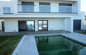 Houses with pools for sale in Manilva. Modern two-storey seaview villa, on a plot with a pool and a garage, within a 10-minute drive from Sotogrande, Manilva, Costa del Sol