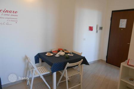 Apartment units for sale in Europe. Rental apartment in Milan with a 5% yield
