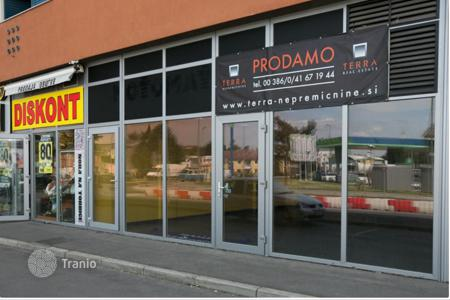 Commercial property for sale in Koper. Shop – Koper, Obalno-Cabinet, Slovenia