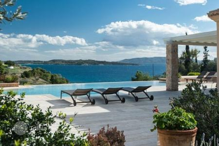 Coastal residential for rent in Greece. Villa - Peloponnese, Greece