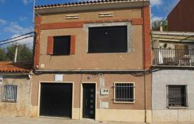 Property for sale in Manresa. Villa – Manresa, Catalonia, Spain