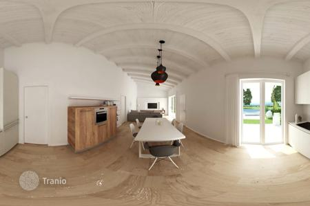 Off-plan houses for sale in Southern Europe. New single villa in energy class A with terrace and garden, Desenzano del Garda