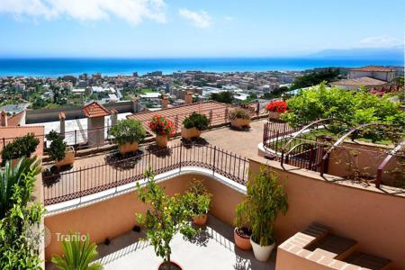 Residential for sale in Liguria. Luxury apartment with a panoramic terrace on the hill with a breathtaking view of the sea and the city in Bordighera, Liguria