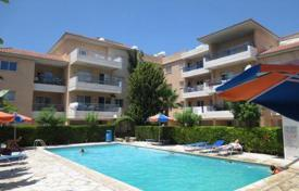 2 bedroom apartments for sale in Universal. 2 Bedroom Apartment, 500m to Sandy Beach, Kato Paphos