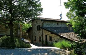 Residential for sale in Plaisance. Medieval villa with a pool and a veranda, Piacenza, Emilia-Romagna, Italy