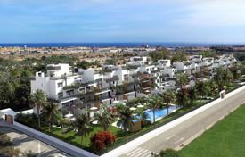 3 bedroom apartments for sale in Valencia. Penthouse with large terrace and sea view 5 minutes from the beach of La Zenia