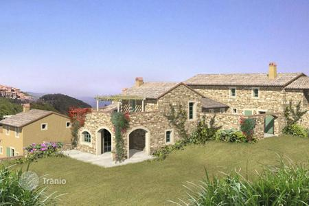 Property for sale in Cinigiano. Luxury country house for sale in Tuscany