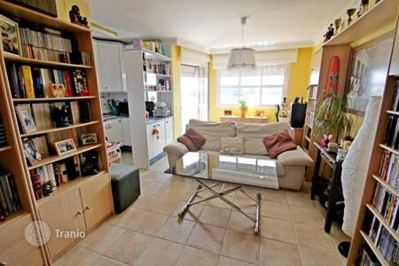 1 bedroom apartments for sale in Costa del Sol. This beautiful apartment is located on the first beach line in Los Alamos, very close from different restaurants, bars and shops