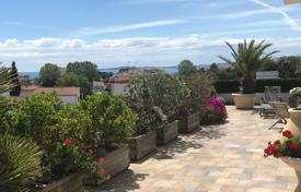 3 bedroom apartments for sale in Côte d'Azur (French Riviera). Exceptional penthouse in Cagnes sur mer