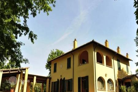 Luxury residential for sale in Fucecchio. Villa – Fucecchio, Tuscany, Italy