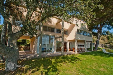 4 bedroom houses for sale in Castell Platja d'Aro. Villa – Castell Platja d'Aro, Catalonia, Spain