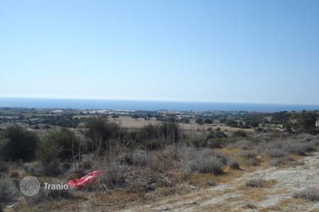 Land for sale in Maroni. Building Plot