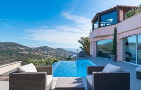 Luxury property for sale in Theoule-sur-Mer. Modern villa with a plot, a pool and a garage, Théoule-sur-Mer, France