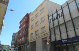 Cheap apartments for sale in Manresa. Apartment – Manresa, Catalonia, Spain