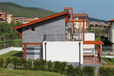 Coastal houses for sale in Sveti Vlas. Townhome - Sveti Vlas, Burgas, Bulgaria