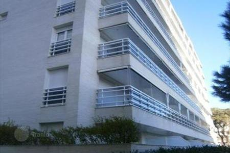 Cheap apartments with pools for sale in Blanes. Apartment - Blanes, Catalonia, Spain
