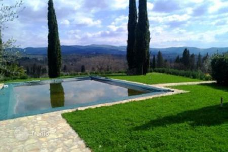 Residential for sale in Greve in Chianti. Estate with a swimming pool, a garden, and vineyards, Greve-in-Chianti, Florence, Italy