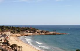 3 bedroom apartments for sale in Costa del Maresme. Apartment with wonderful sea views in San Andrés de Llavaneres, Spain