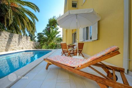 Coastal residential for rent in Croatia. Villa – Dubrovnik, Croatia