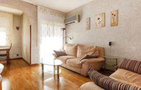 Property for sale in Sant Martí. Four-bedroom apartment San Martin, Barcelona, Catalonia, Spain