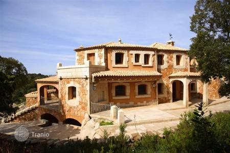 Luxury houses for sale in Olbia. Detached house – Olbia, Sardinia, Italy