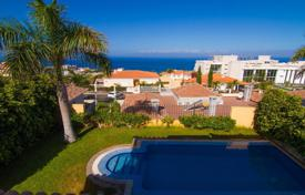 Residential for sale in Puerto de Santiago. Amazing villa in the picturesque town of Puerto Santiago