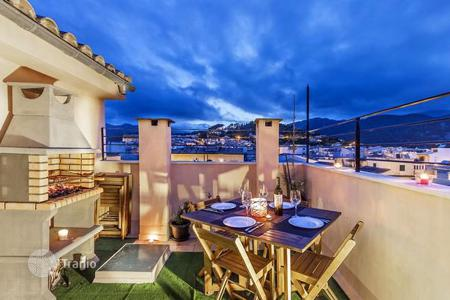 4 bedroom apartments for sale in Majorca (Mallorca). Duplex apartment with lovely terrace and mountain views, Mallorca, Spain