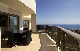Property for sale in Calpe. Penthouse with sea views in Calpe