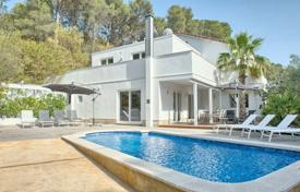 6 bedroom houses for sale in Costa Brava. Two-storey modern villa with a pool, a veranda, a garden and a separate apartment, in a quiet area, close to the beach, Tamariu, Spain