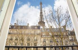Paris 7th District – A magnificent apartment enjoying an Eiffel Tower view for 4,980,000 €