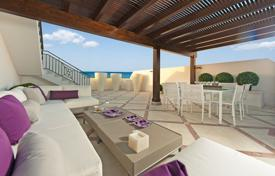 Luxury 4 bedroom apartments for sale in Spain. LUXURY BEACHFRONT DESIGNER APARTMENT
