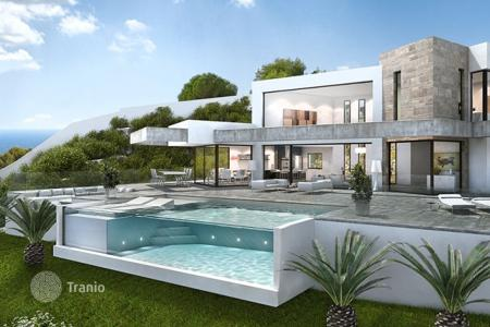 5 bedroom houses for sale in Costa Blanca. Villa - Moraira, Valencia, Spain