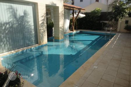 Houses for sale in Strovolos. 3 Bedroom Detached House + Maid's Room and Swimming Pool