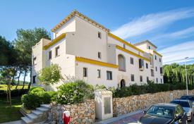 Apartments for sale in Costa Blanca. Apartment in frontline of Las Ramblas Golf