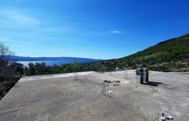Property for sale in Bol. Unfinished house with a large plot and a sea view, Bol, Croatia