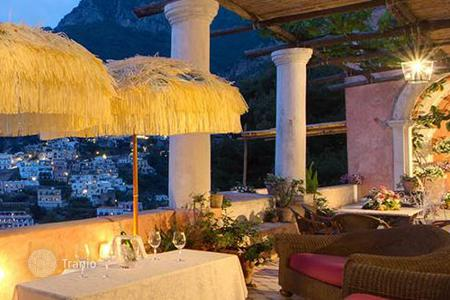 Coastal residential for rent in Positano. Villa San Giacomo