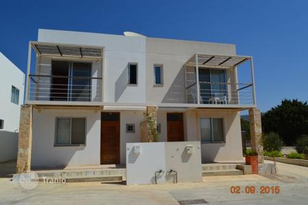 Cheap townhouses for sale in Paphos. 2 Bedroom Semi-Detached Villa — Tremithousa