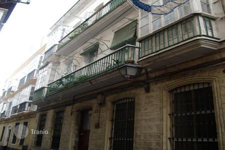 Cheap residential for sale in Cádiz. Apartment – Cádiz, Andalusia, Spain
