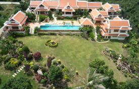 4 bedroom villas and houses to rent in Ko Samui. Family villa in Bophut