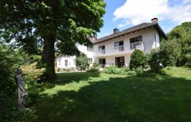 3 bedroom houses for sale in Bavaria. Cozy house with a private garden and a garage, near the lake, Starnberg, Germany