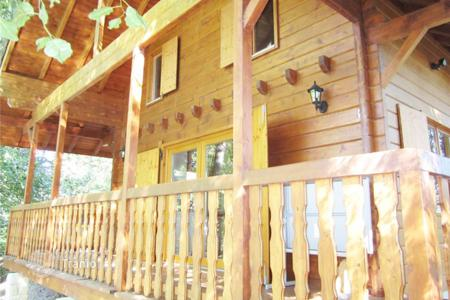 Cheap residential for sale in Franche-Comte. Cottage by the lake with a garden pavilion, Val-de-Gouhenan, Lure