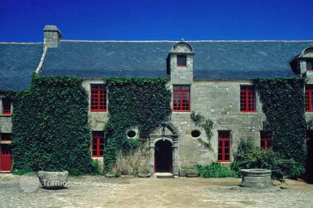 Property to rent in Audierne. Breton Manor House