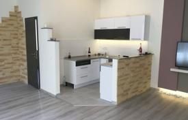 Apartments for sale in Budapest. Renovated four-room apartment, Budapest, Hungary