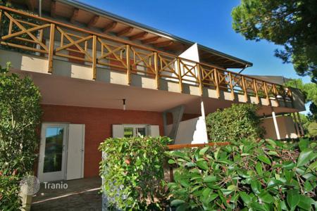 Coastal property for sale in Friuli-Venezia Giulia. Sacious 2 bedroom apartment, 2 bathrooms, and guest cloakroom