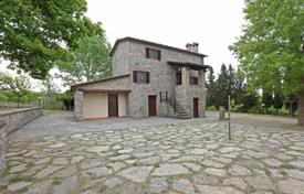 Property for sale in Tuscany. Villa – Siena, Tuscany, Italy