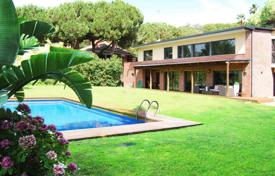 Luxury houses for sale in Costa del Maresme. Modern house in Sant Andreu de Llavaneres, Costa Barcelona